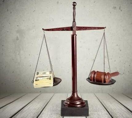 <b>有必要请律师来起诉离婚吗?诉讼费是多少?</b>